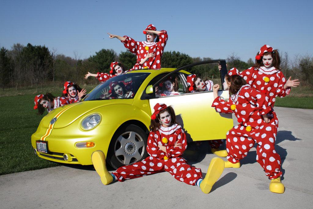filepicker%2FFZLKRu3aTQujSPegOvqg_clown_car.jpg