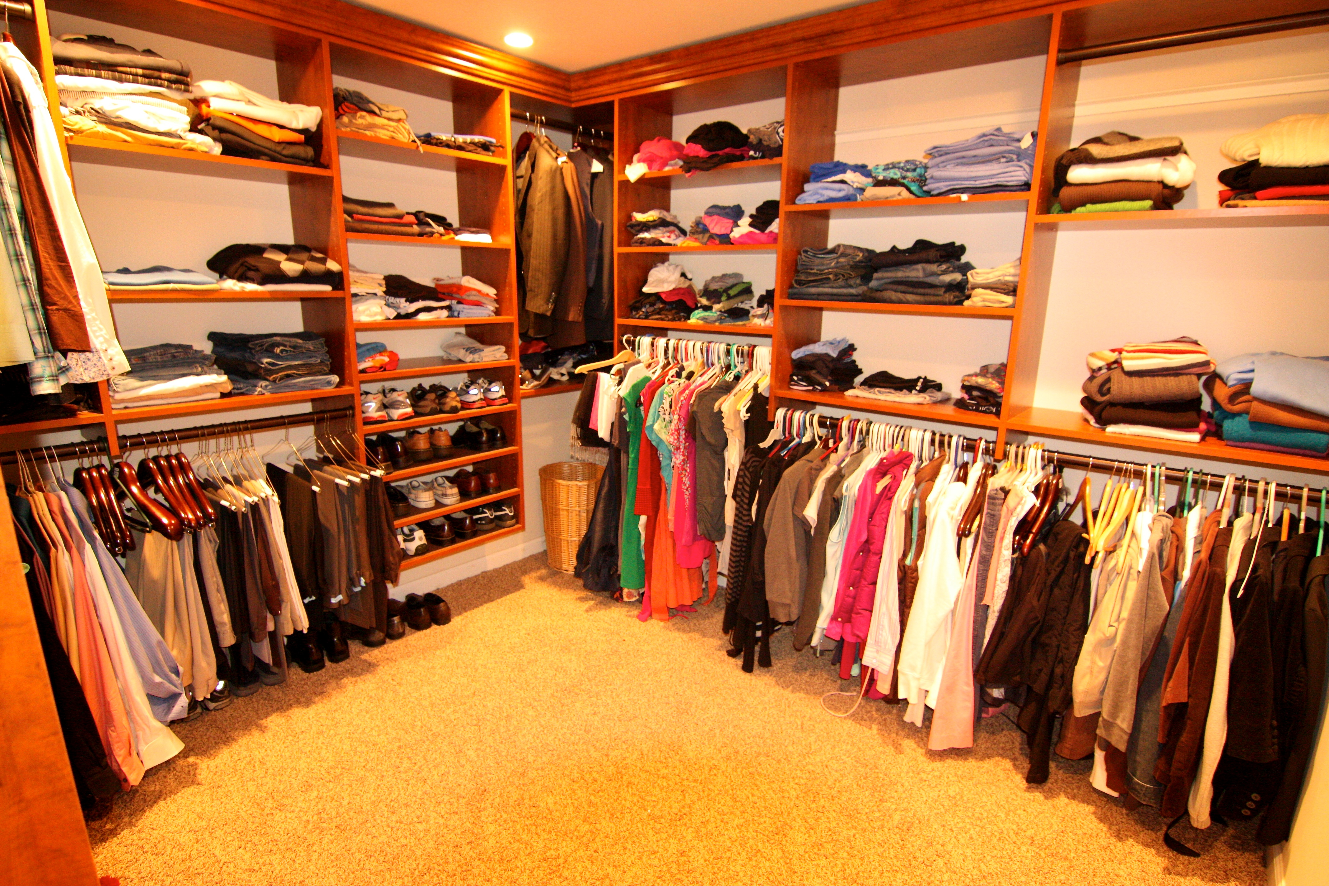 Huge Walk In Closets Design The Image