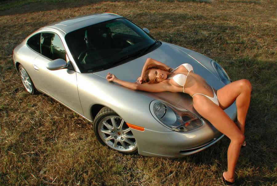 авто и девушки голые фото