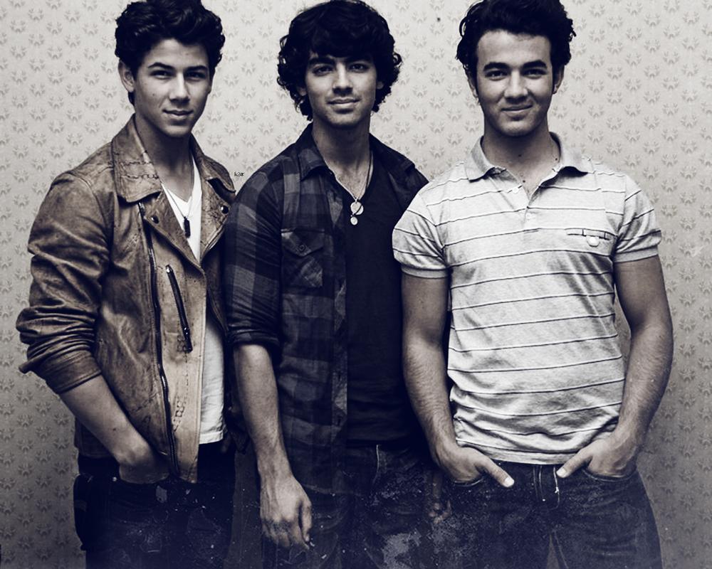 Jonas Brothers | Geniu...