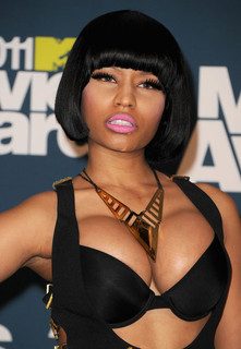 nicki-minaj-new-boobs.jpg