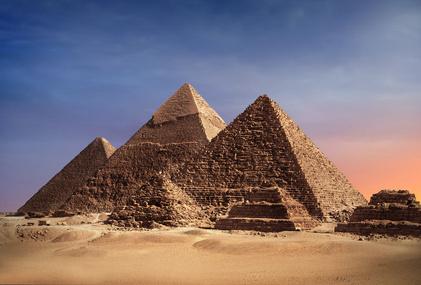 wie spielt man pyramid