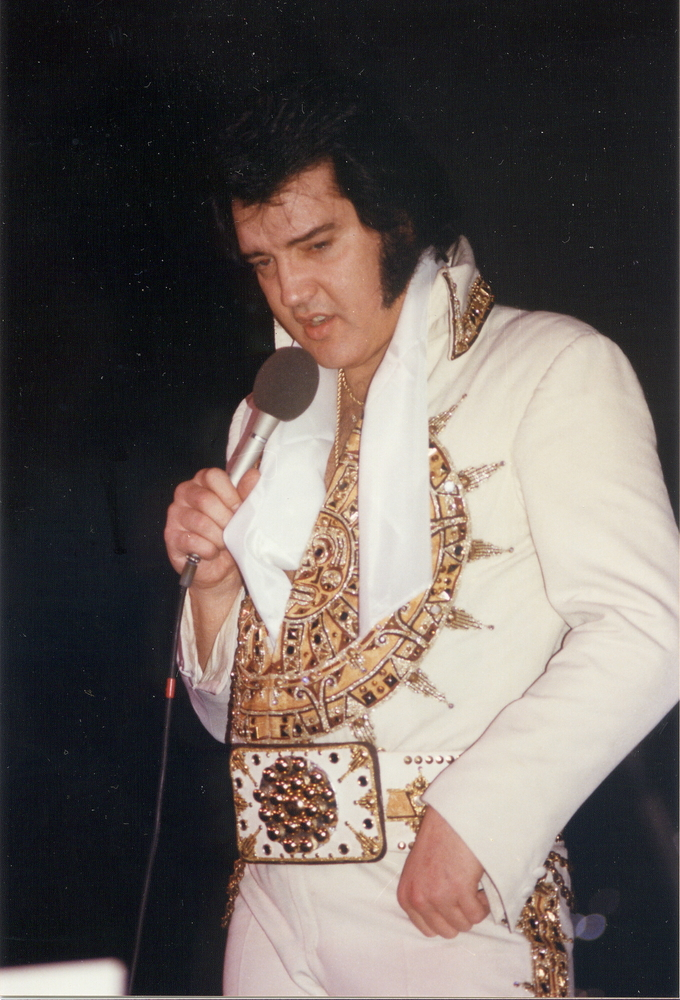 Whooping Your Big Fat Ass Michael Jackson Vs Elvis Presley