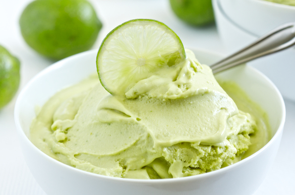 Paleo_coconut_lime_ice_cream