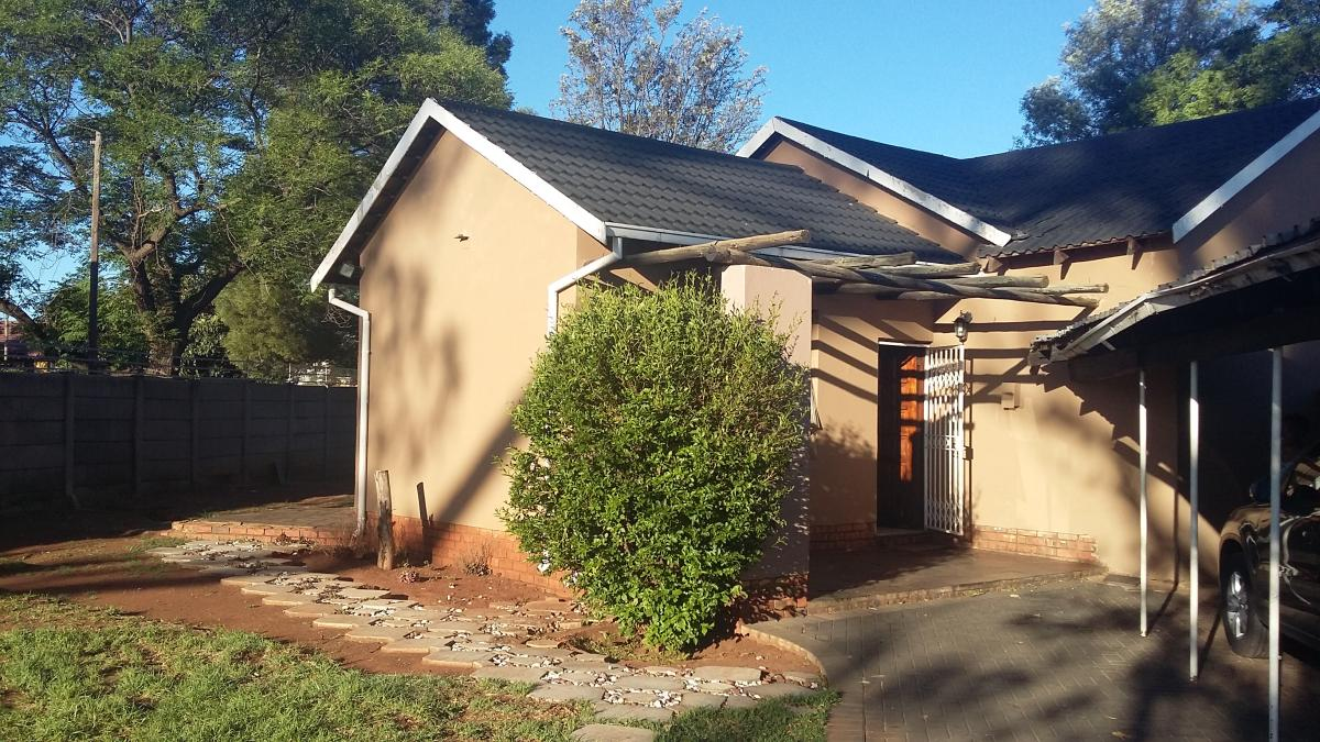 House for sale in Meyerton Park