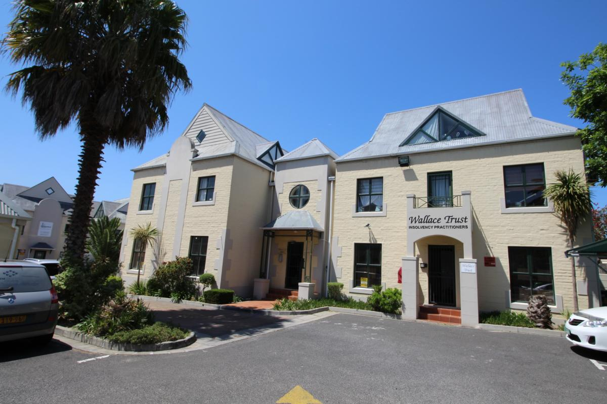 4 Bedroom apartment for sale in Durbanville