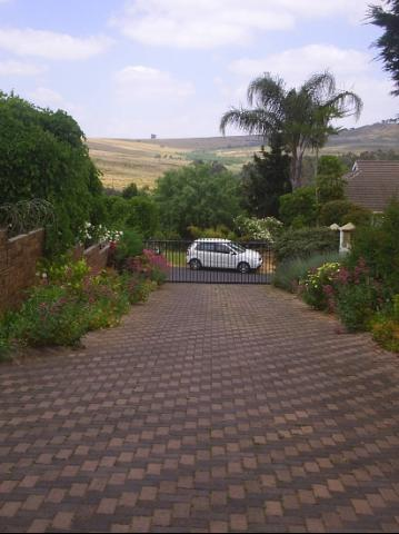 6 Bedroom house for sale in Malmesbury