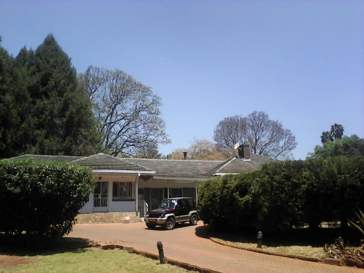 House for sale in Greystone Park