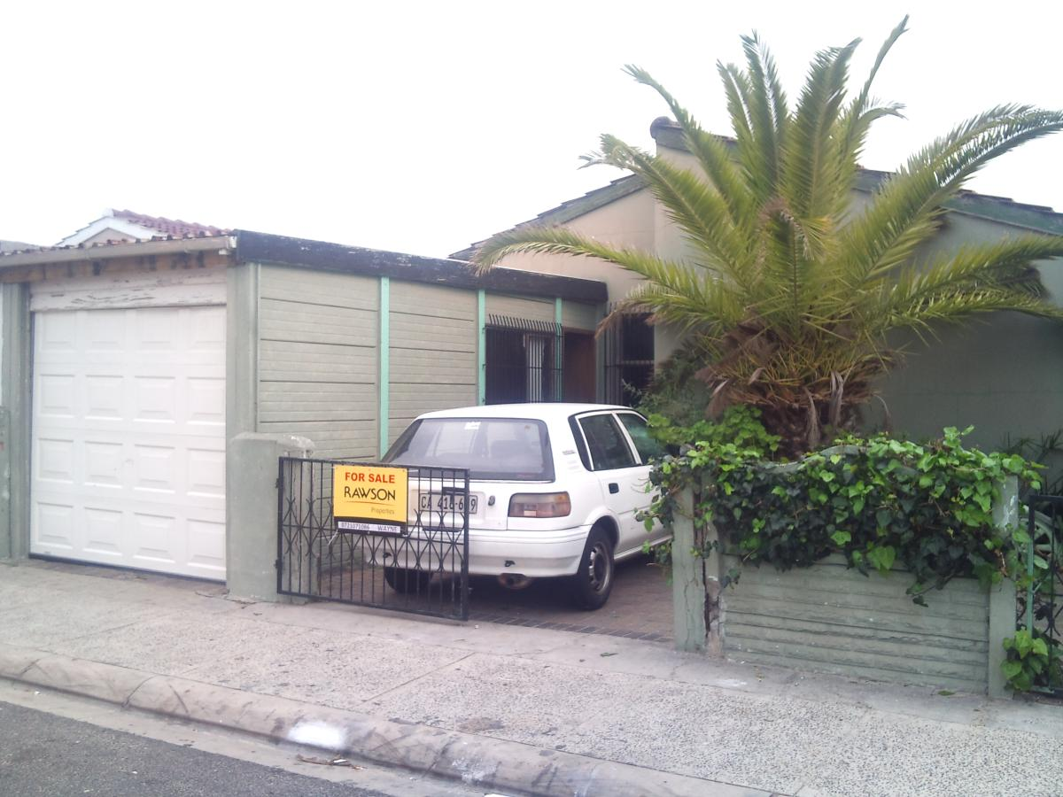 House for sale in Portlands