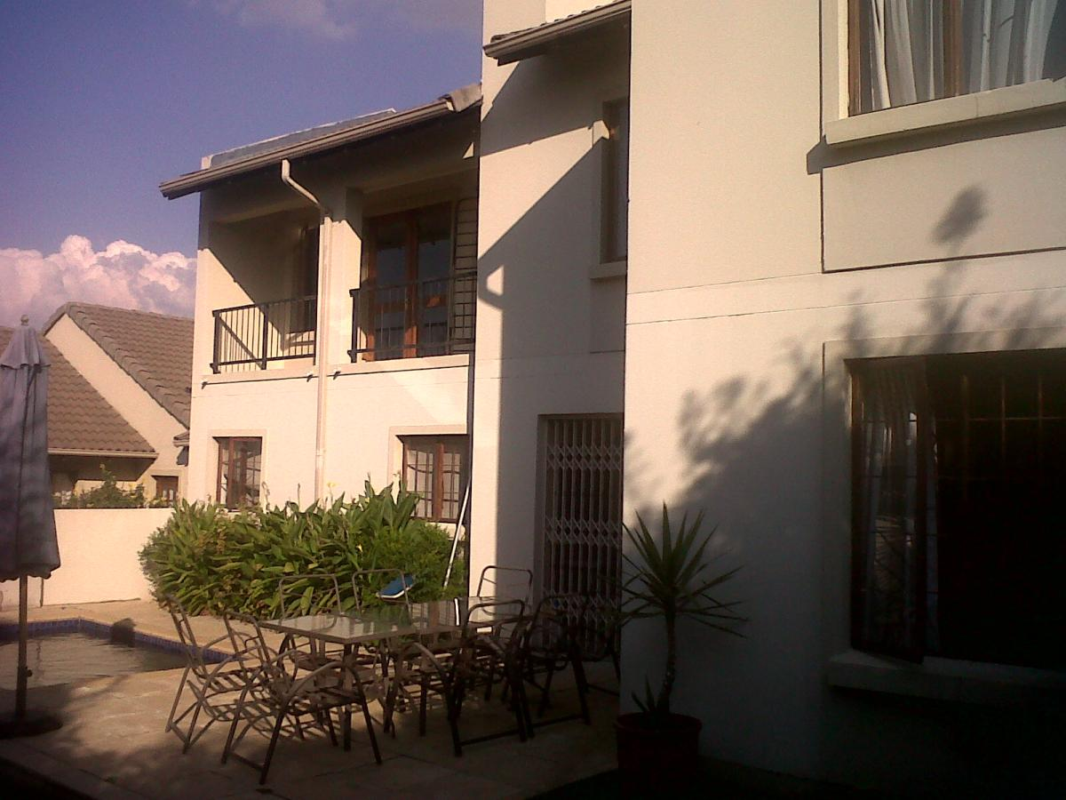 3 Bedroom duplex townhouse - sectional for sale in North Riding