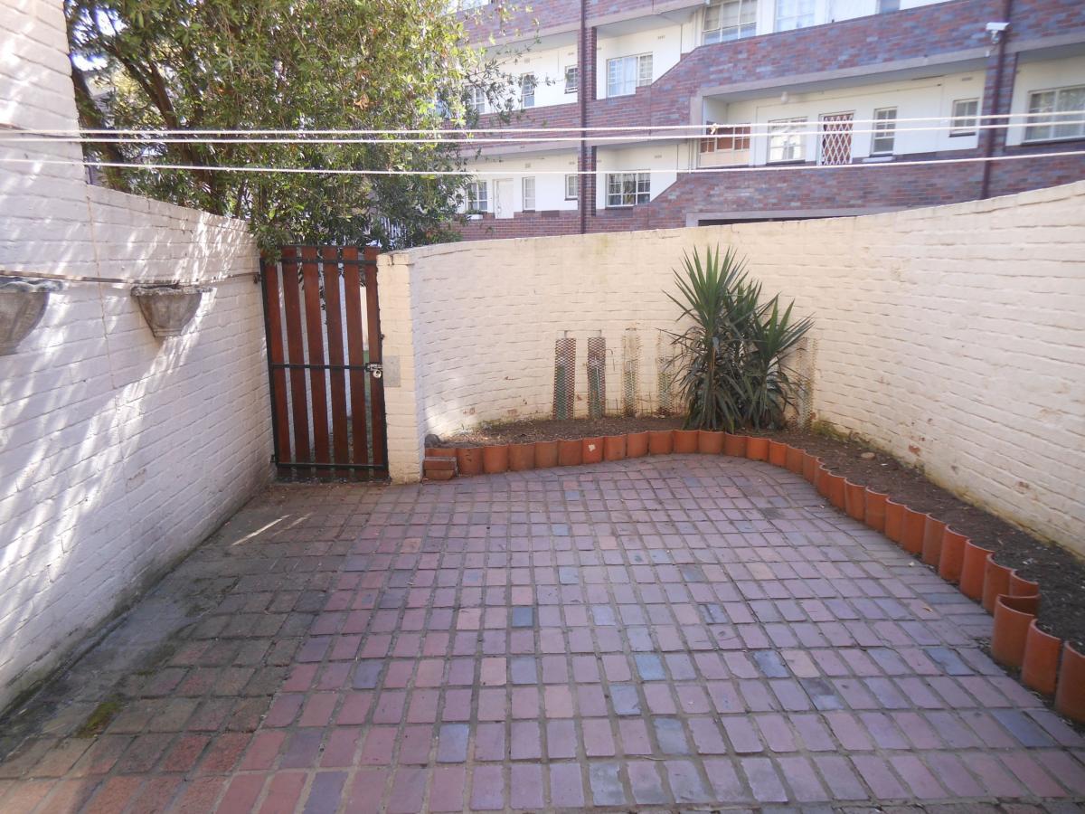 4 Bedroom flat for sale in Pelham