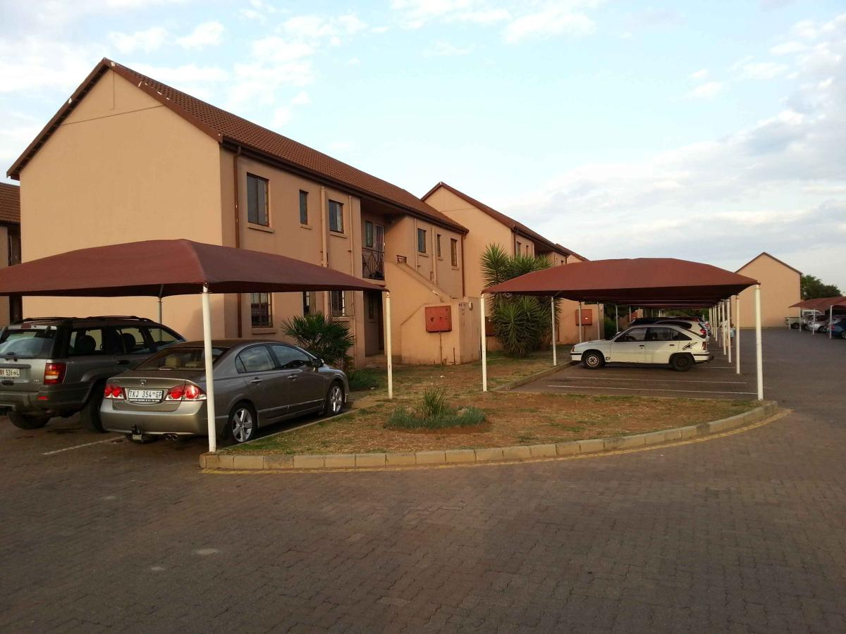 Flat for sale in Albermarle & Extension