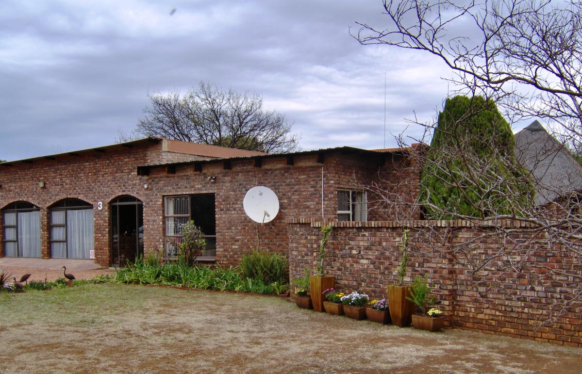 4 Bedroom house for sale in Carletonville Ext 4