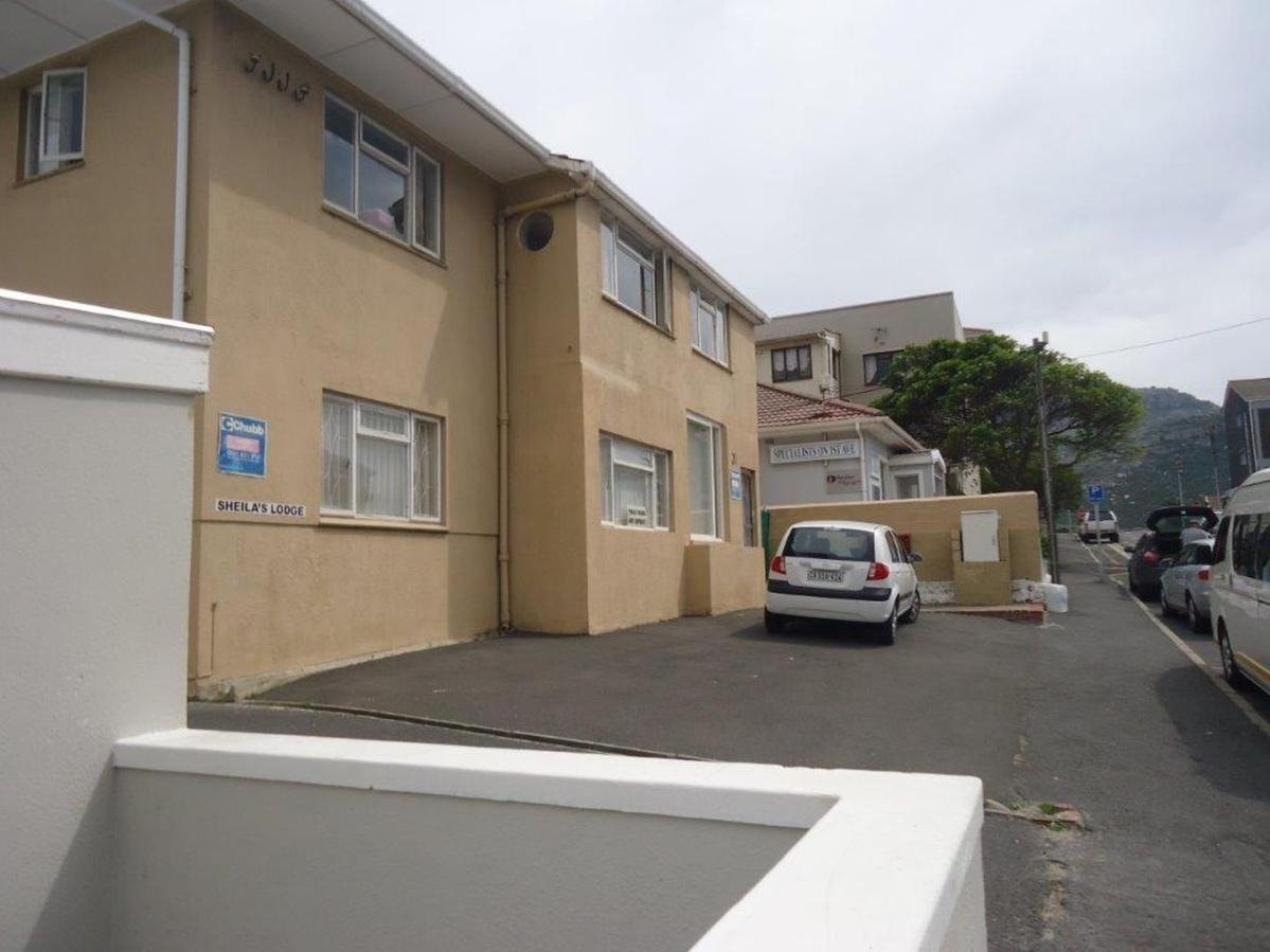 2 Bedroom house for sale in Fish Hoek