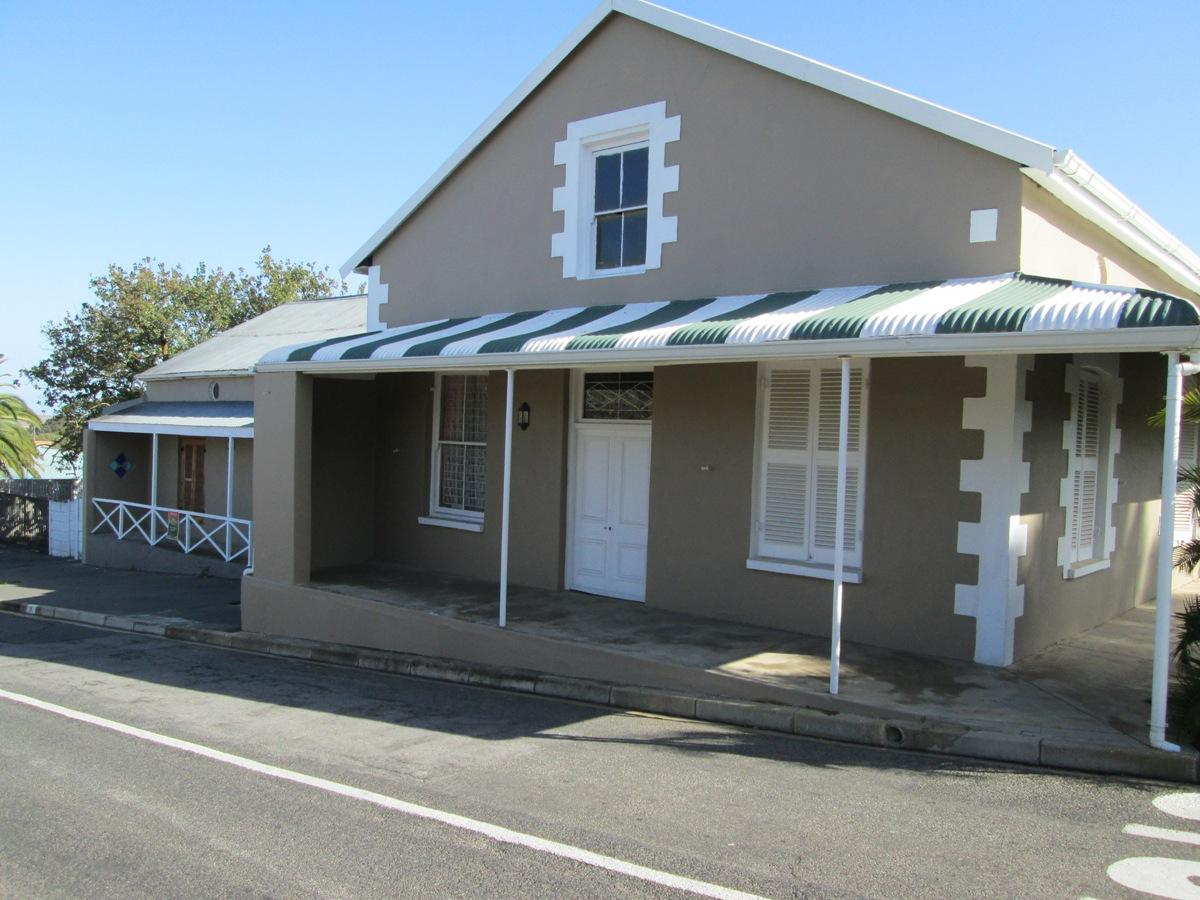 2 Bedroom house for sale in Malmesbury