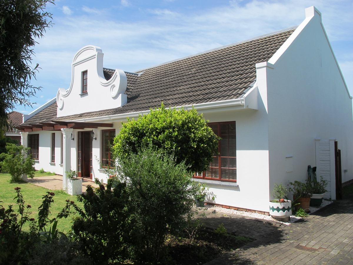 4 Bedroom house for sale in Heather Park