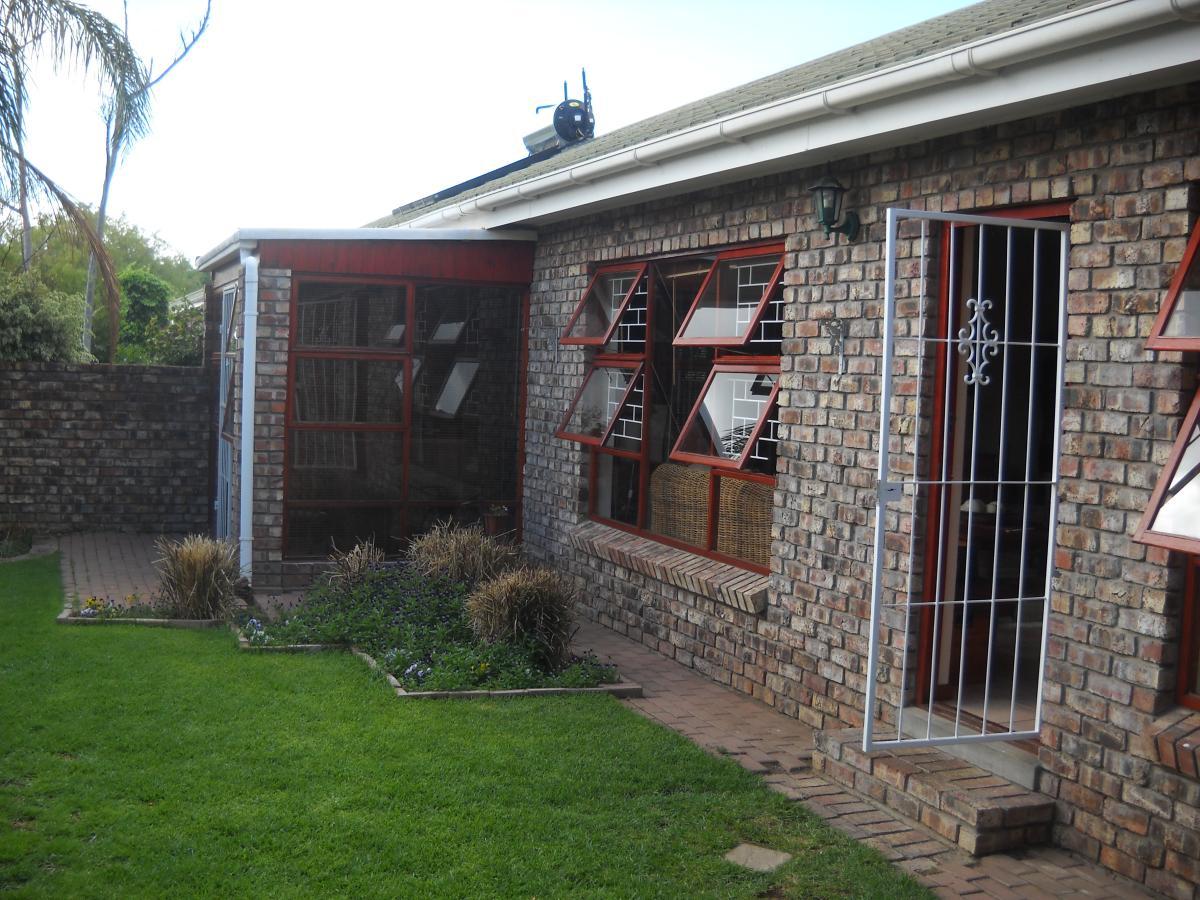 3 Bedroom house for sale in Oudtshoorn
