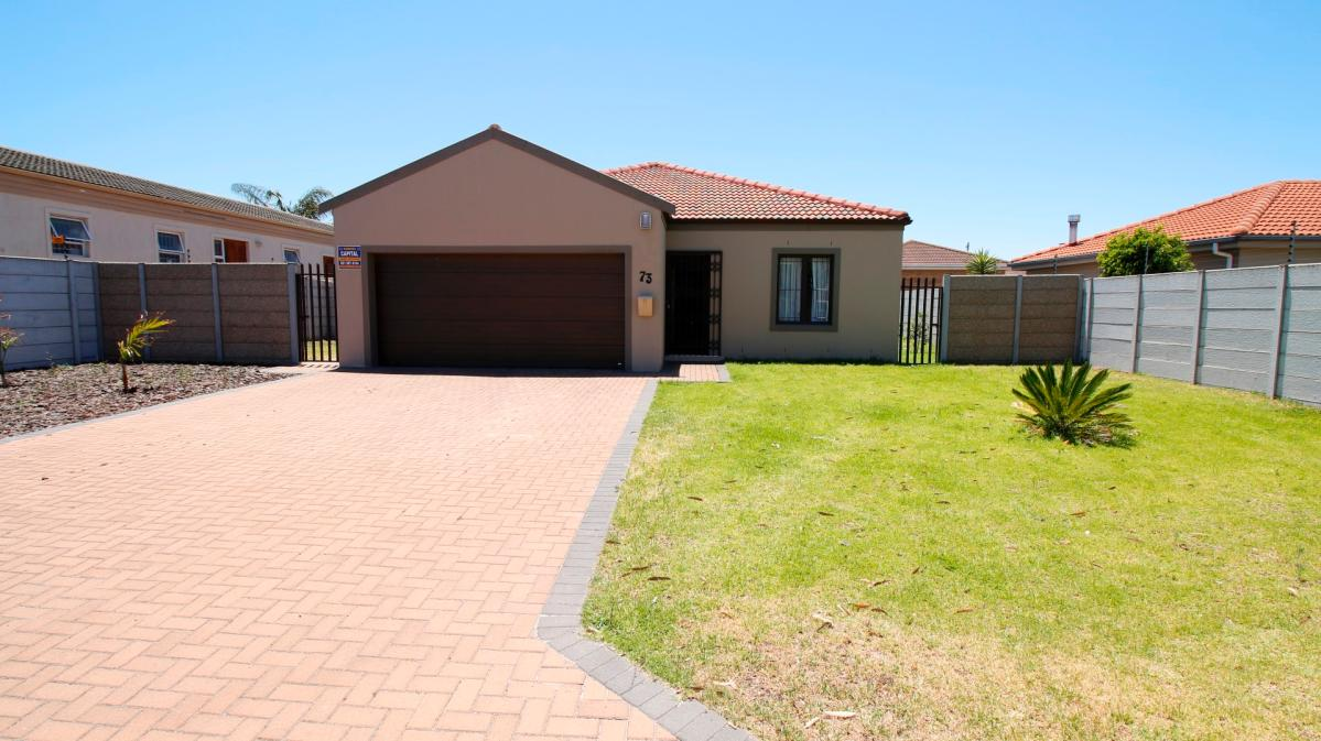 3 Bedroom house for sale in Brackenfell
