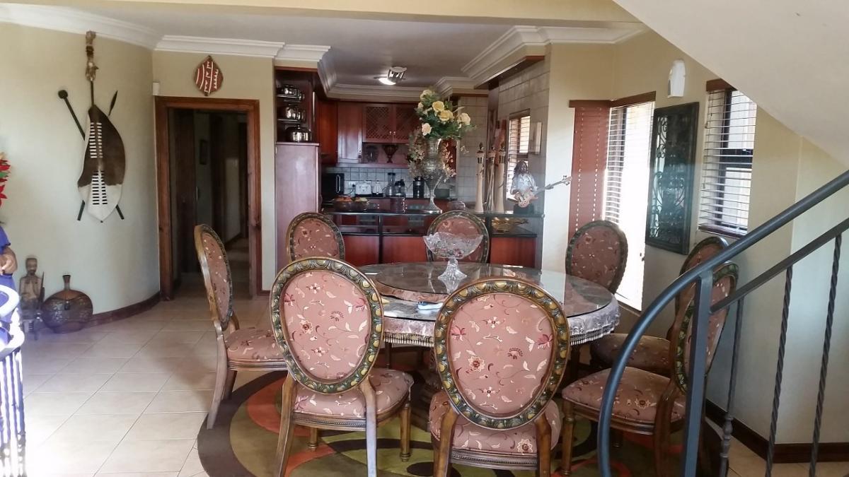 4 Bedroom house for sale in Umhlanga Rocks