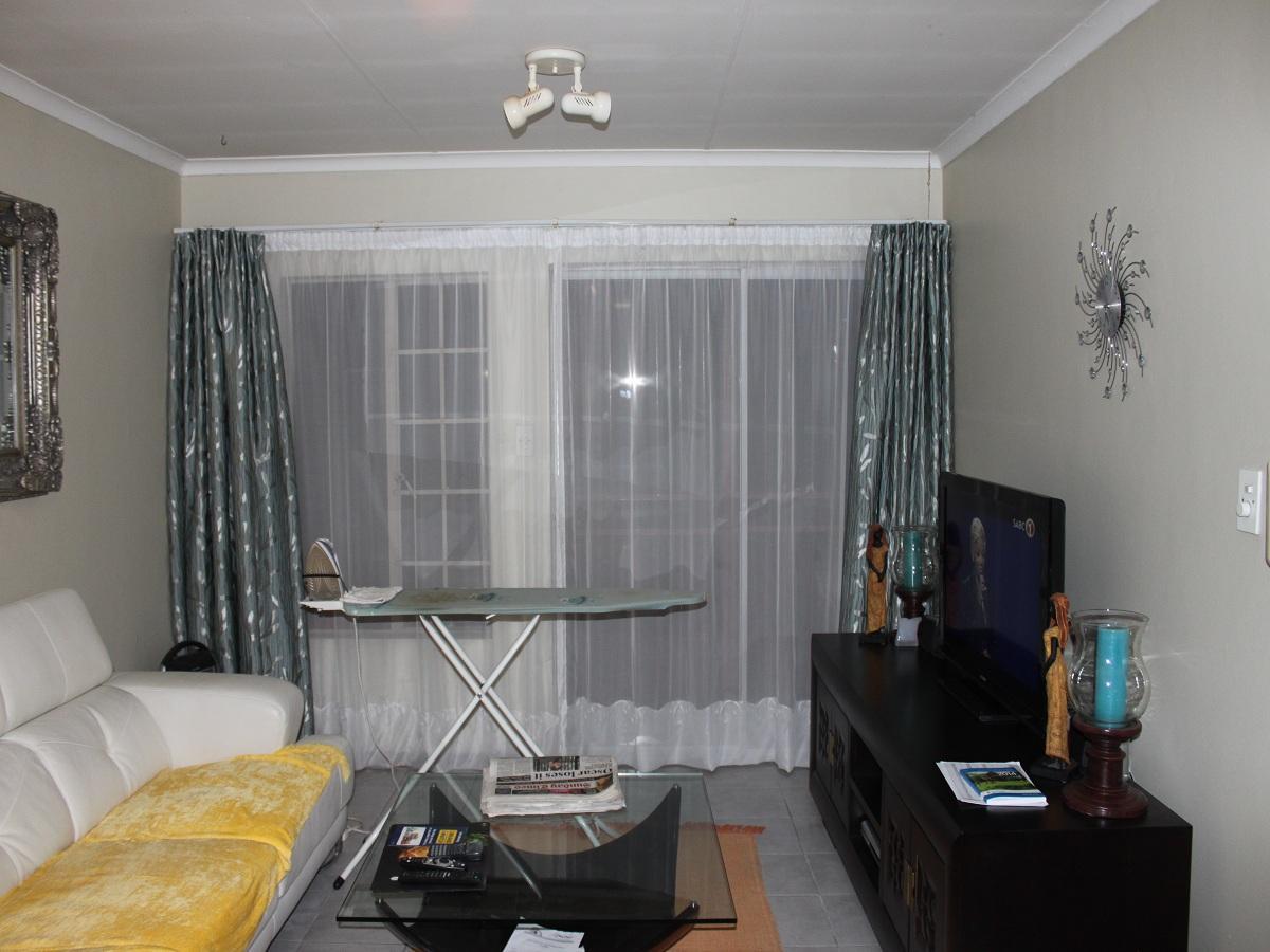 2 Bedroom flat for sale in Faerie Glen