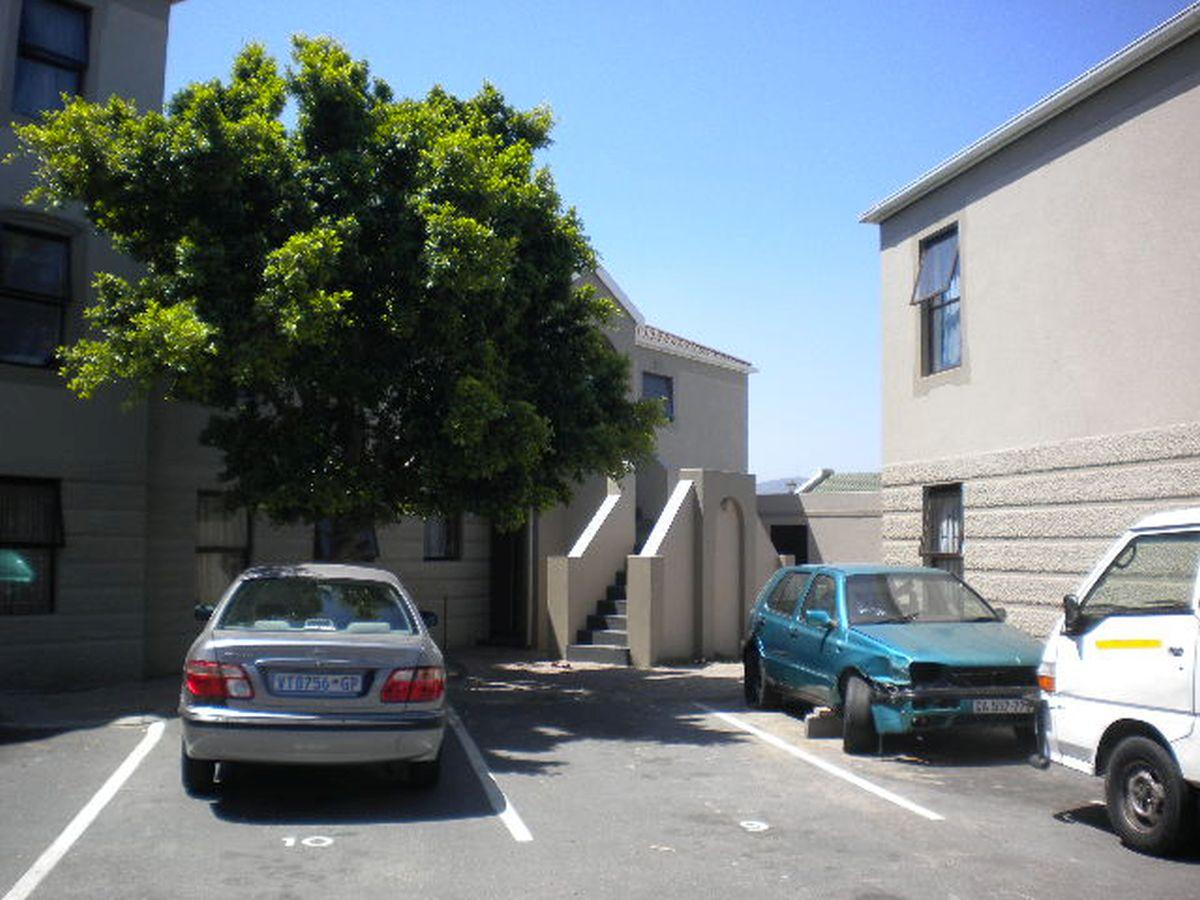 2 Bedroom apartment for sale in Summer Greens