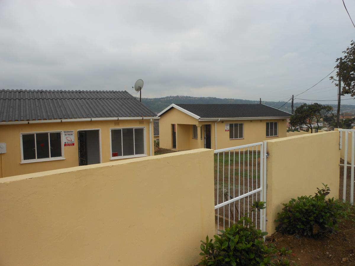 2 Bedroom house for sale in Trenance Manor