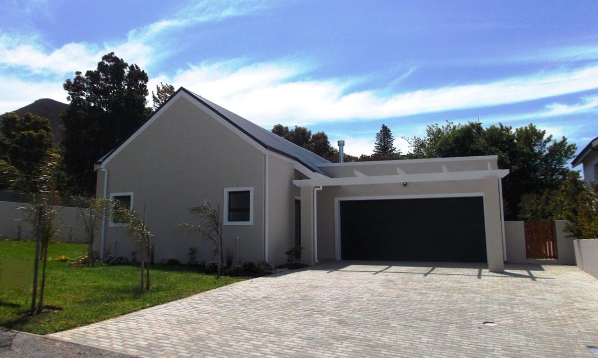 3 Bedroom house for sale in Onrus