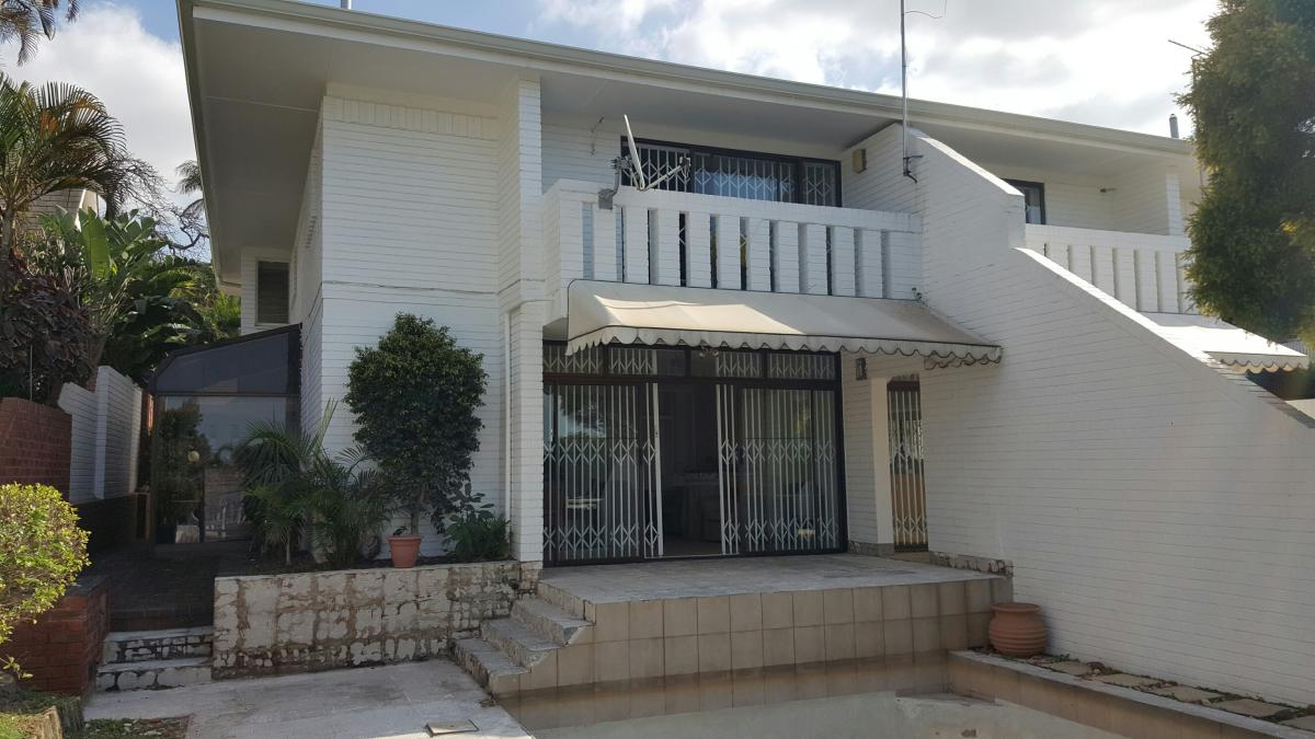 3 Bedroom duplex townhouse - sectional for sale in Morningside