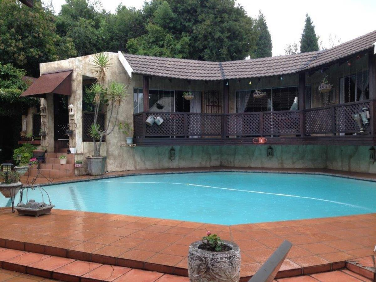 3 Bedroom house for sale in Sunninghill