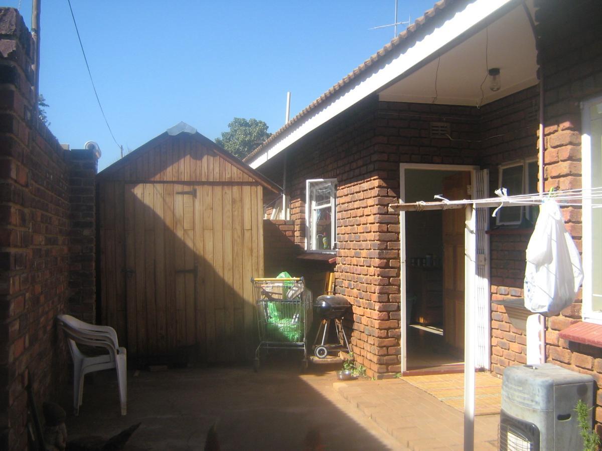 3 Bedroom townhouse - sectional for sale in Mokopane