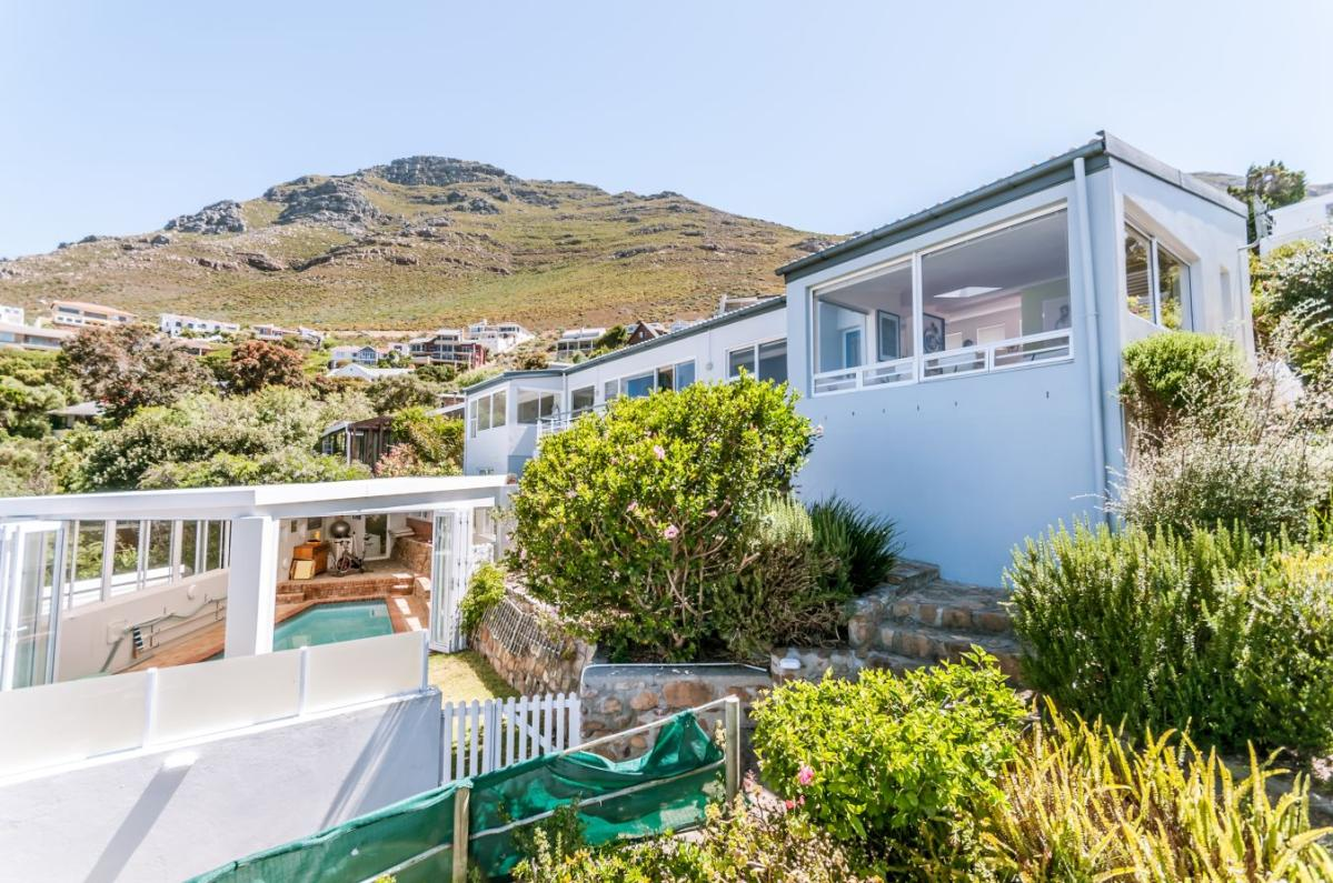 3 Bedroom house for sale in Simons Town