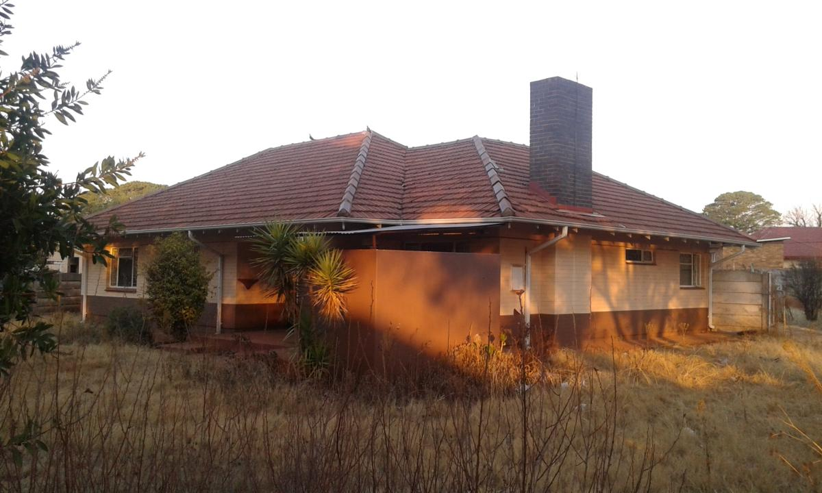 3 Bedroom house for sale in Carletonville Ext 1