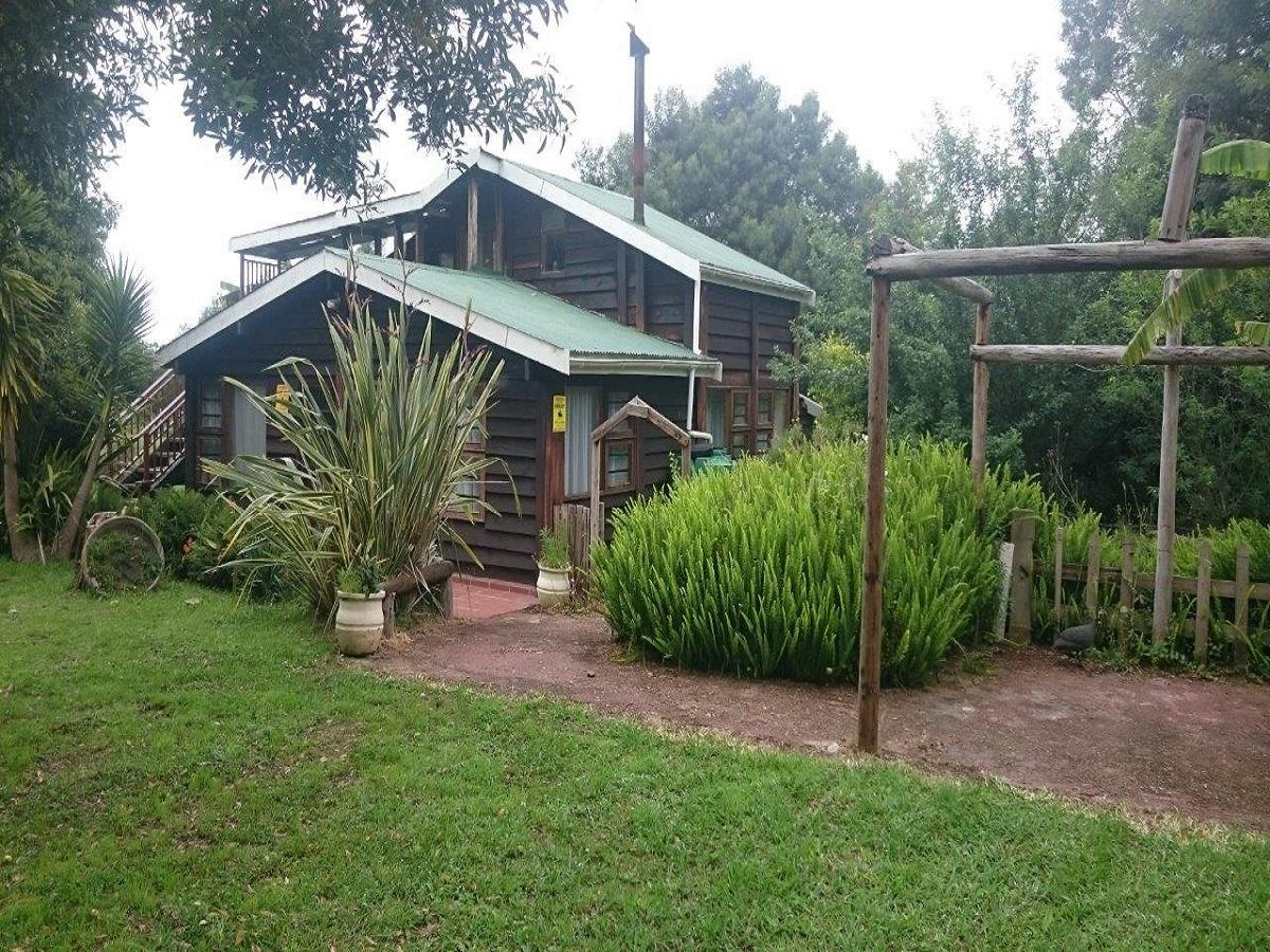 2 Bedroom cottage to auction in Storms River