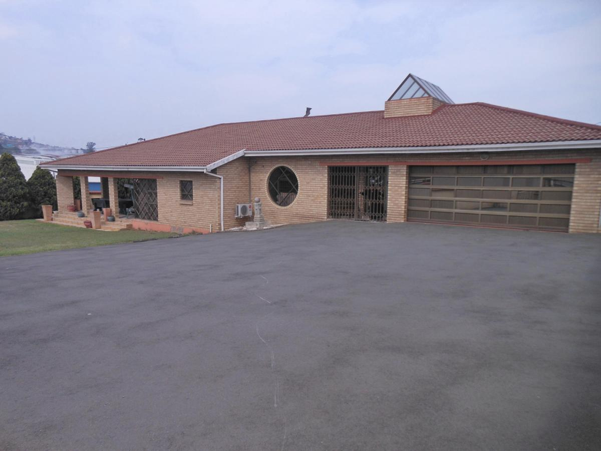 5 Bedroom house for sale in Mountain Rise