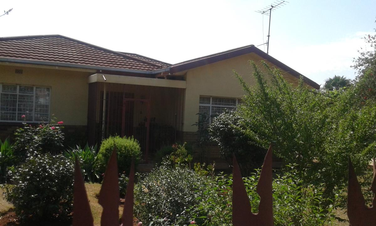 3 Bedroom house for sale in Carletonville Proper