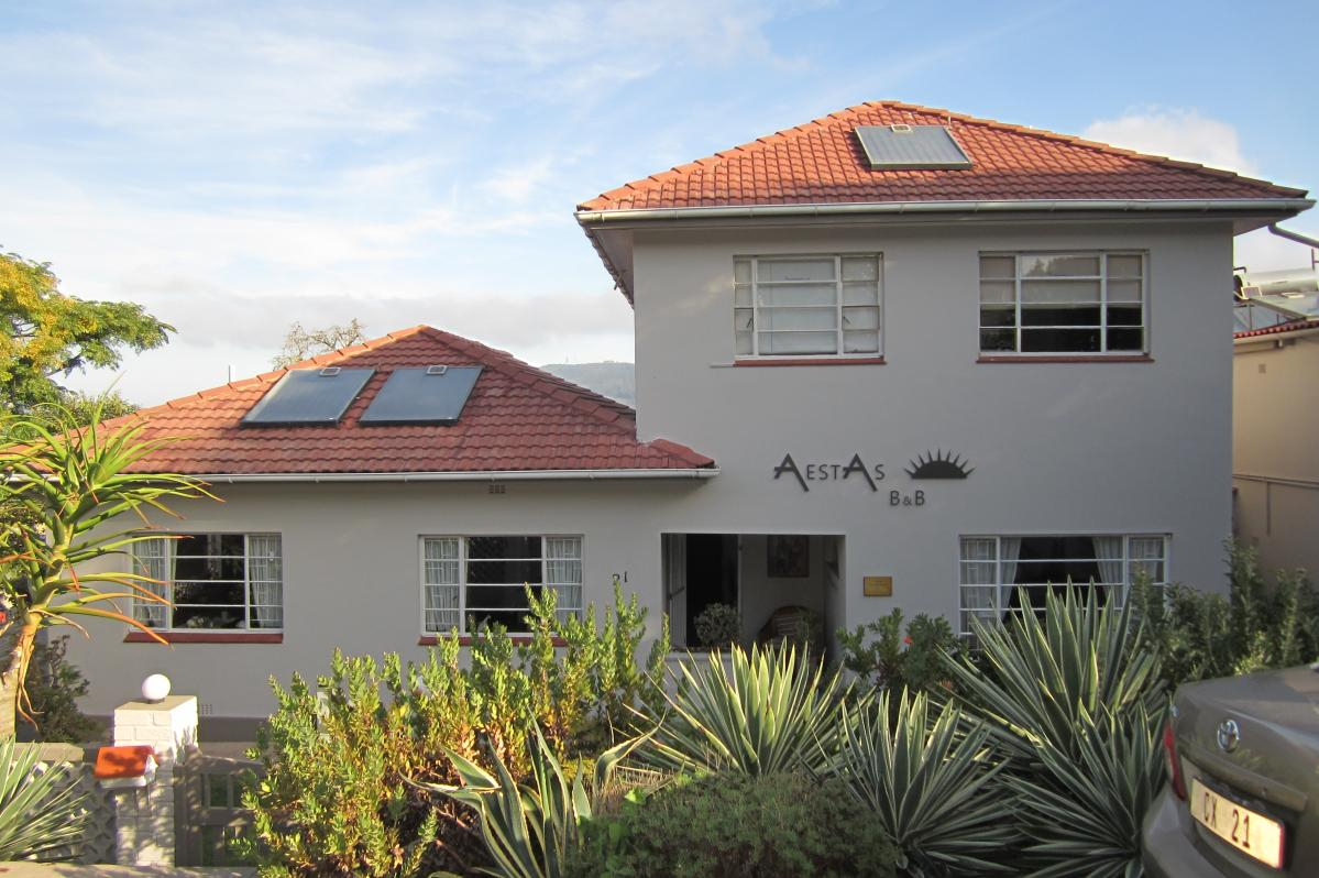 8 Bedroom house for sale in Knysna Central