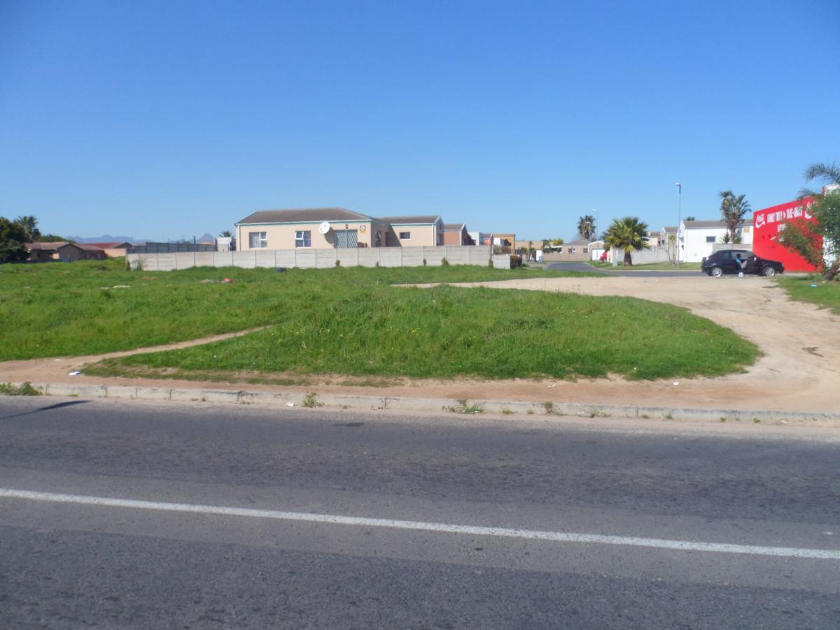 Vacant land for sale in Highbury