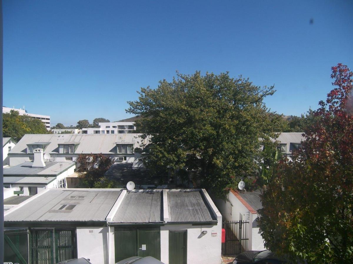 1 Bedroom apartment for sale in Stellenbosch Central