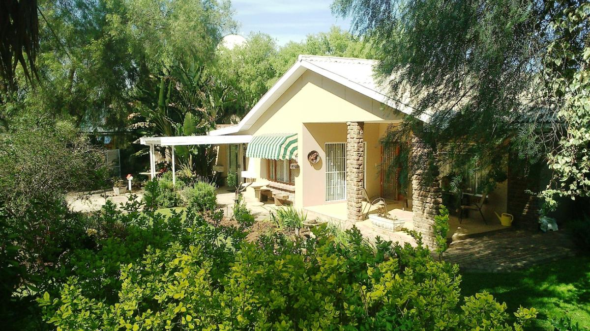 6 Bedroom house for sale in West Bank