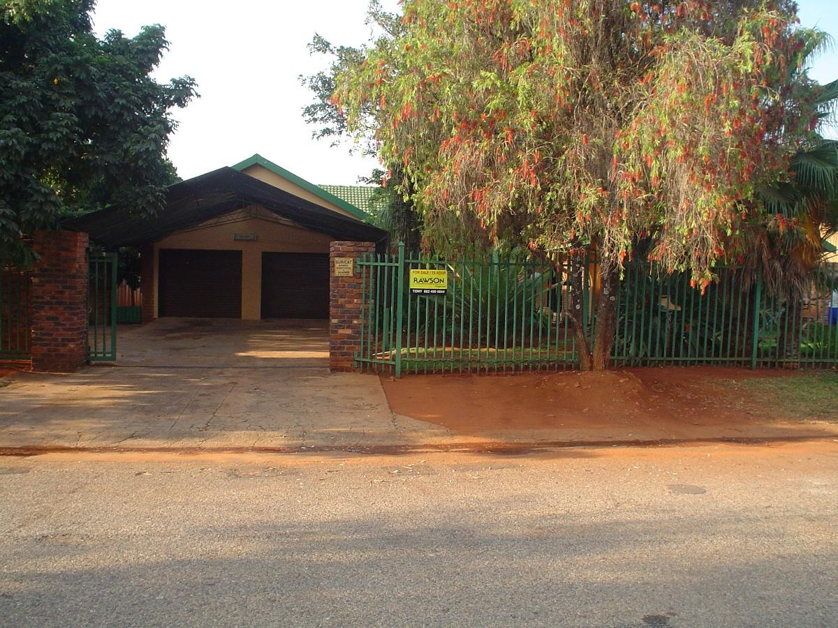 4 Bedroom house for sale in Impala Park