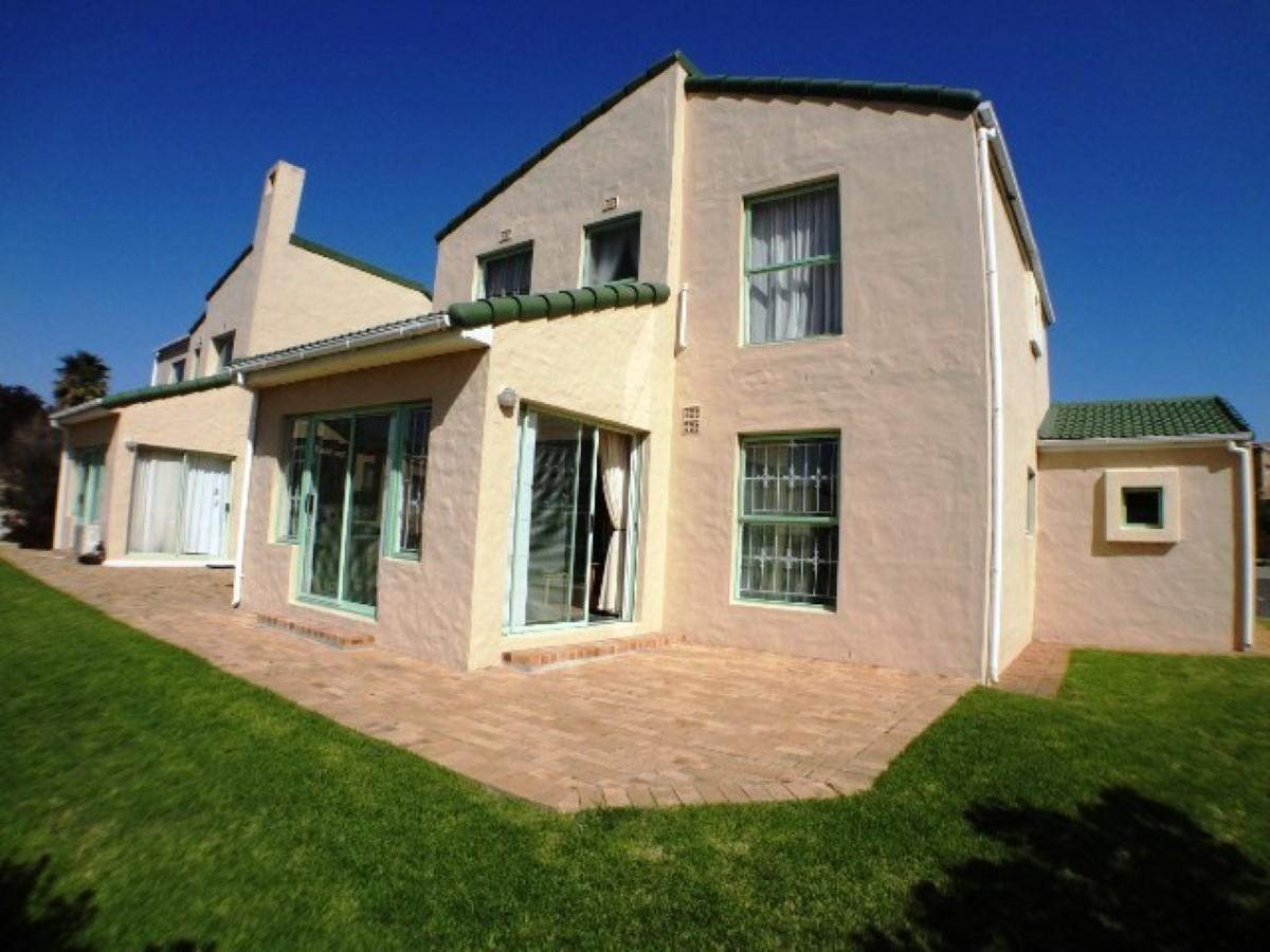 3 Bedroom apartment to rent in Greenways Golf Estate