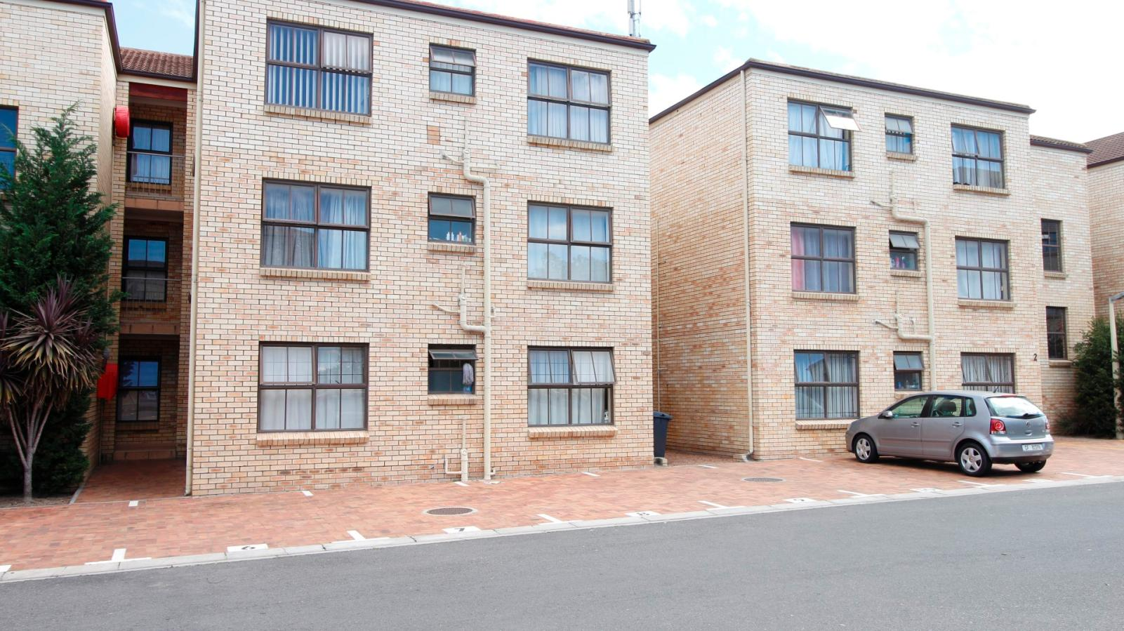 2 Bedroom apartment for sale in Morgenster