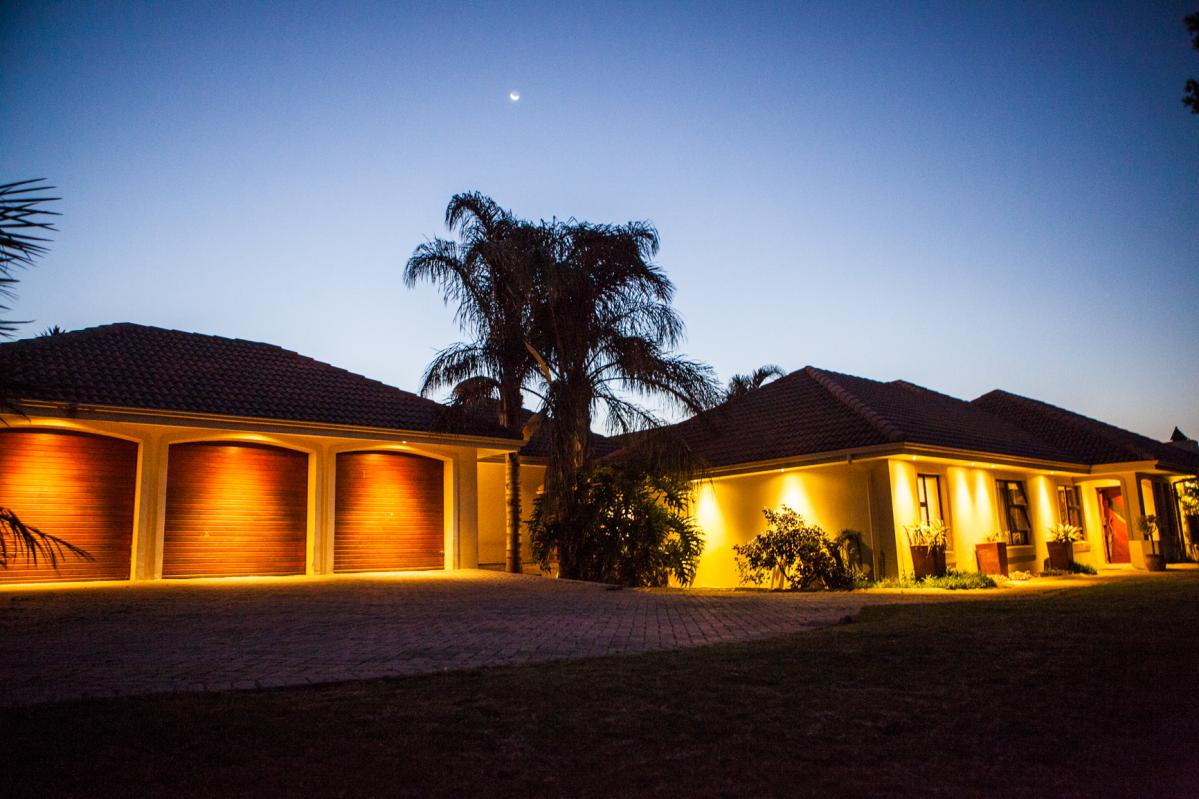 8 Bedroom house for sale in Durbanvale