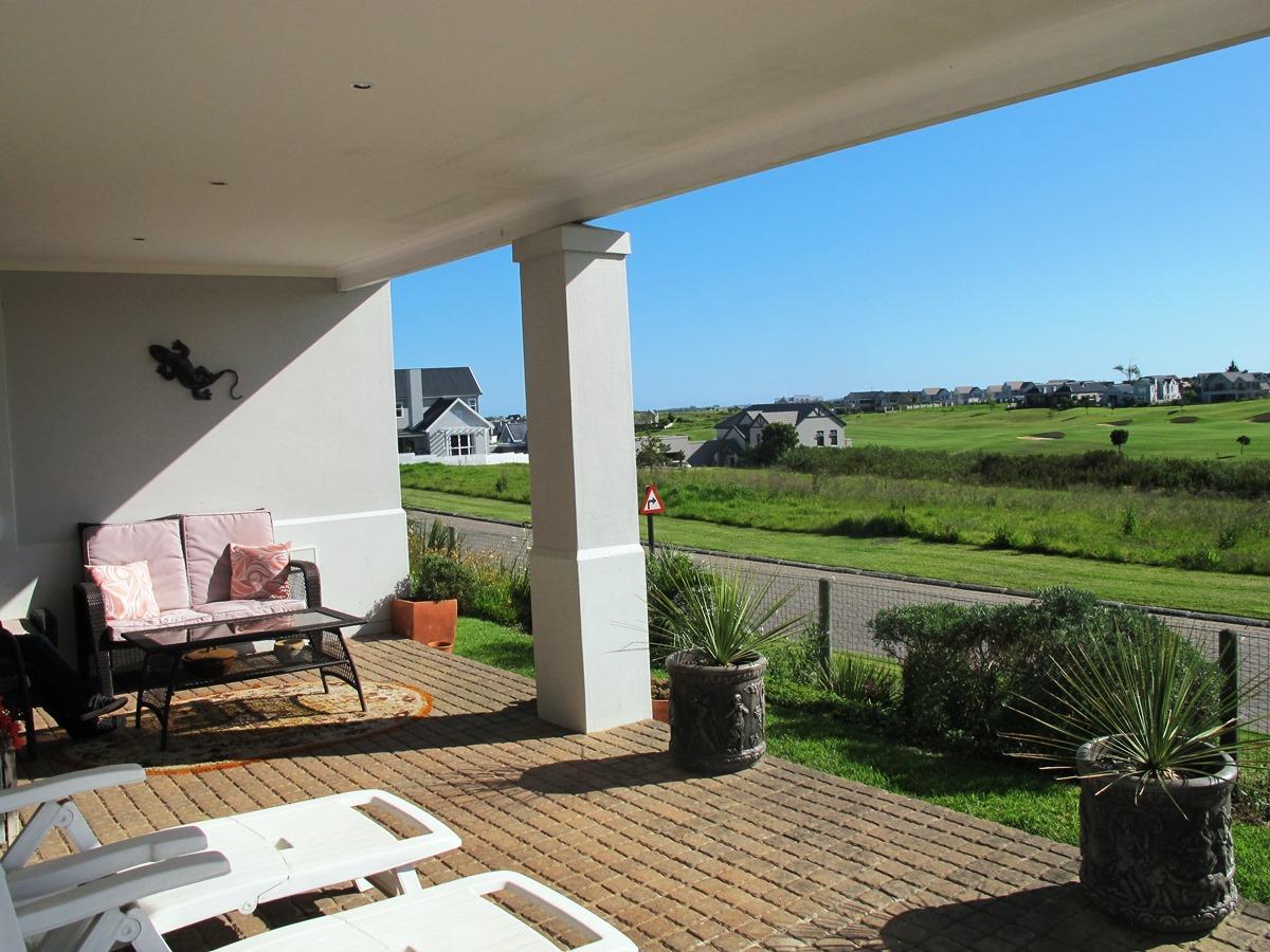 3 Bedroom cluster for sale in Kingswood Golf Estate