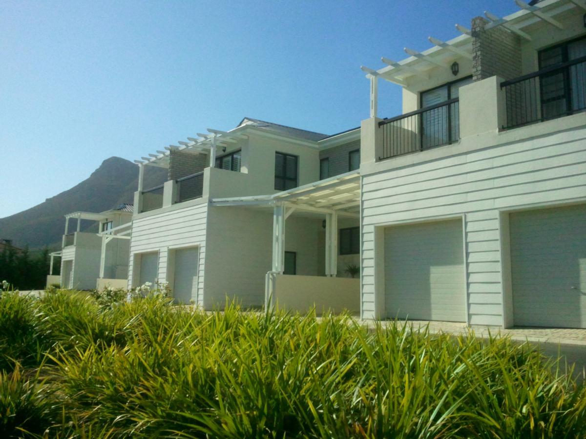 3 Bedroom duplex townhouse for sale in Onrus