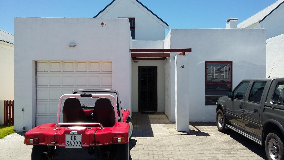 3 Bedroom house to auction in Velddrif