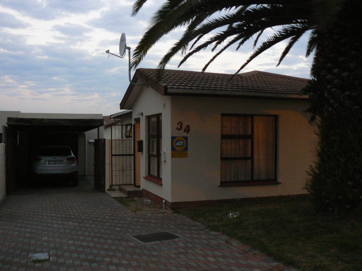 3 Bedroom house for sale in Joubert Park