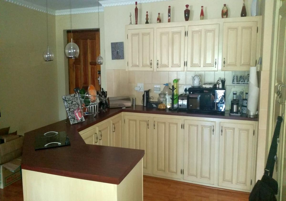3 Bedroom townhouse - sectional for sale in Beacon Bay