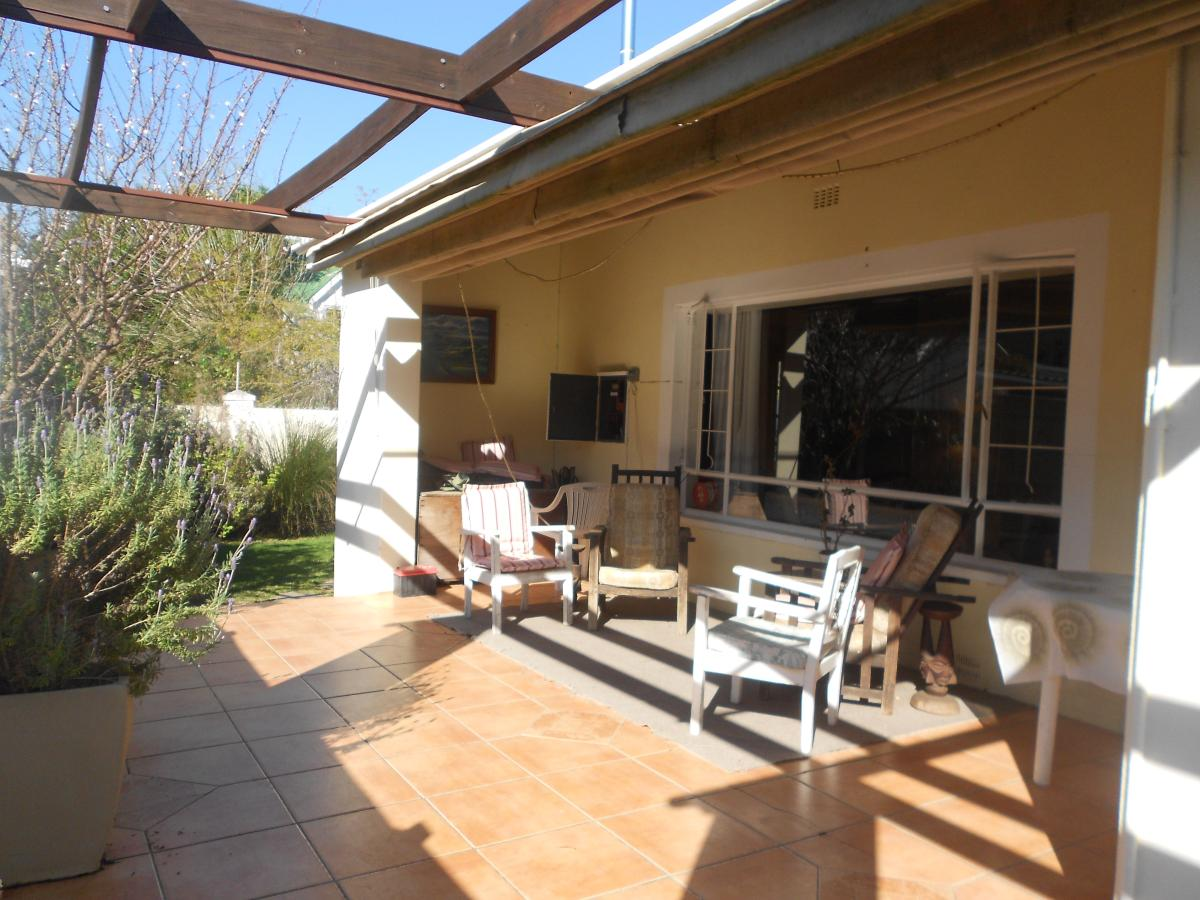 4 Bedroom house for sale in Wynberg