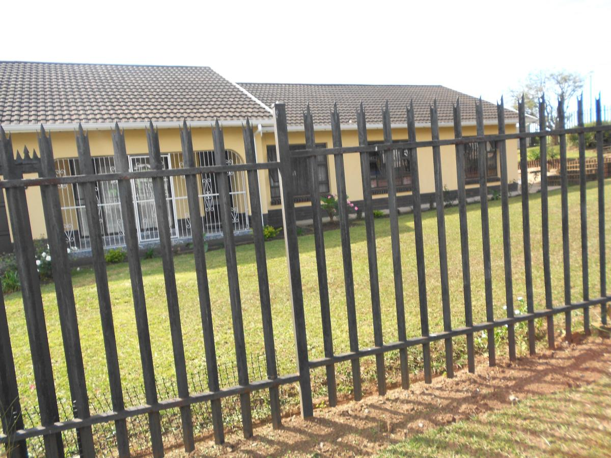 4 Bedroom house for sale in Oribi Heights